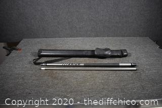 58 1/2in long Pool Cue w/Case