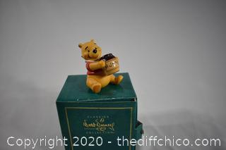 NIB Walt Disney Collection Winnie the Pooh-Time of Something Sweet