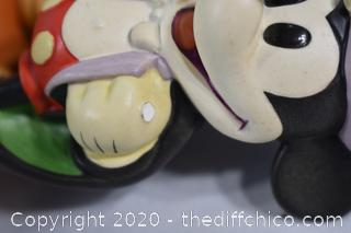 NIB Walt Disney Collection Magician Mickey-see pictures
