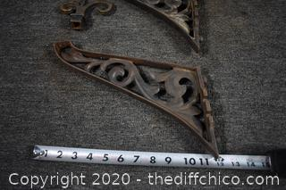 2 Cast Iron Brackets