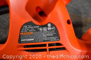 Black and Decker 16in Working Electric Hedge Trimmer