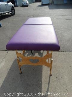 "Massage Table with case  72.5""w/out head piece   head piece 9.5""  ------------w31""tall 34"""