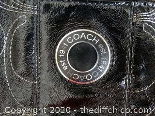 ******Authentic Coach Purse*******