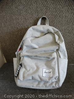 Herschel Backpack  NEW