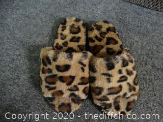 Cheetah Slippers 7-8