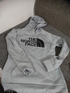 North Face Hoodie M