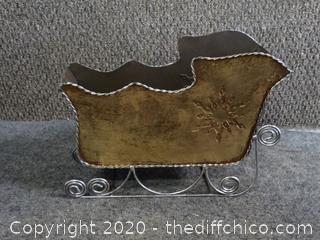 Tin Sleigh Decor