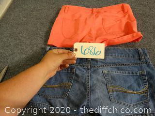 2 Pairs Of Shorts med & 9