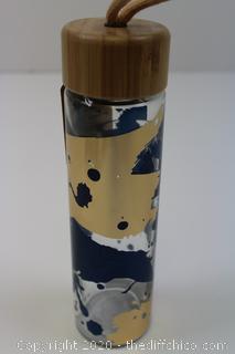 Ello Merry & Bright GLASS Tumbler Water Bottle Bamboo 20 oz Brand new