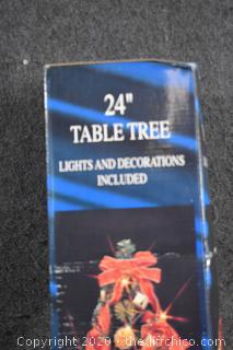 NIB 24in tall Christmas Tree