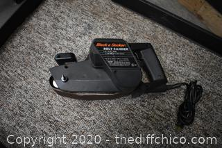 Working Black and Decker 3in Belt Sander