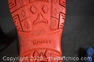 Quest Boots size 6