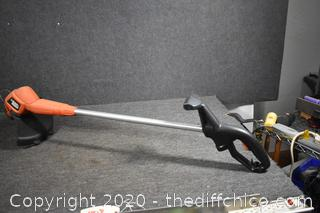 Working Electric Black and Decker Weed Eater