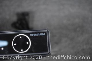 Sylvania DVD Player - powers up