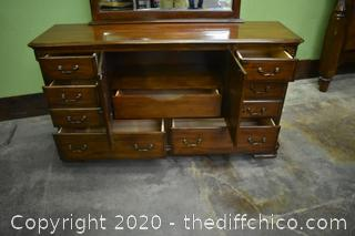 7 Drawer Dresser w/Mirror