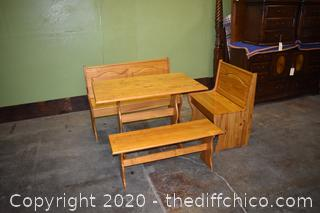 Corner Bench plus Table