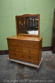 Harman 6 Drawer 1950's Maple Dresser w/Mirror