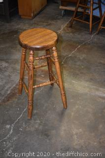Oak Stool - 13 1/2in dia x 29 1/2in