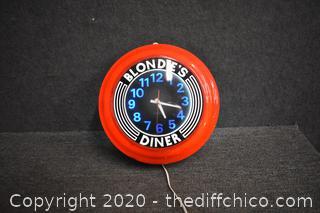 Blondie's Diner Working Clock