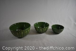 3 Stackable Bowls