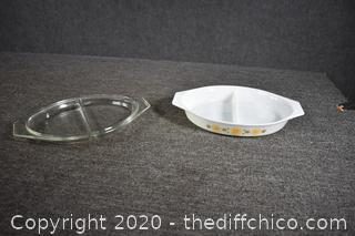 Pyrex Divided Dish w/lid