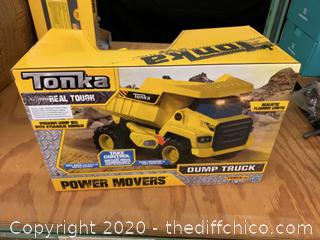 Tonka Power Movers Dump Truck (J106)