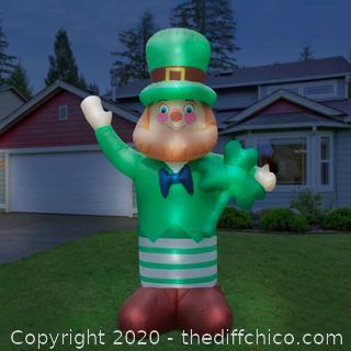 Holidayana Inflatable Saint Patrick's Day Leprechaun with Shamrock (J168)