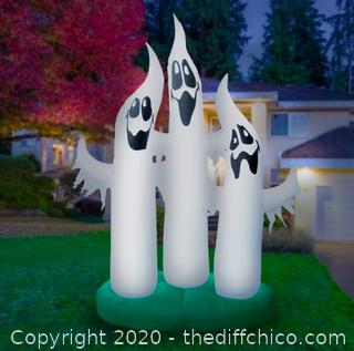 Holidayana Inflatable Ghost Family Decoration (J290)