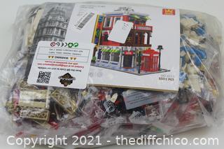 2332 PCS WANGE Blocks Kids Building Toys Adult Puzzle Corner Store 6311 (no box)
