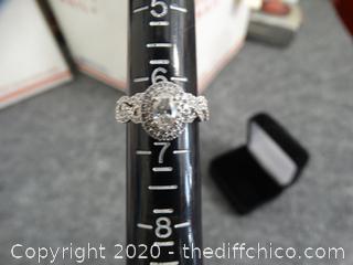 NEIL LANE 14kg  Size 6 1/2 Diamond Ring w Band  14kg (.5 center Diamond  1.25 total main ring, I-I1)( band 26 round Diamonds)