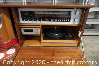 Koronette Stereo Bar Fire Place Radio Works, One Speaker Works 8 track And Record Do Not Work