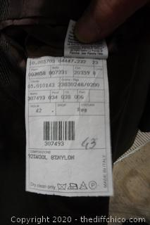 Armani Suit Size 42R pants est 40x32