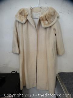 Lou Green Fur Jacket Unknown Size