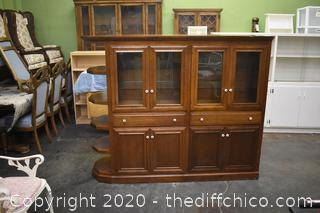 Mahogany Cabinet w/working lights
