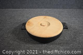 Cast Iron Skillet w/wood lid