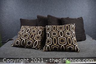 Lot of 6 Pillows