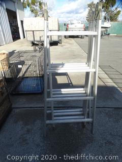 Versa Ladder - Folds up