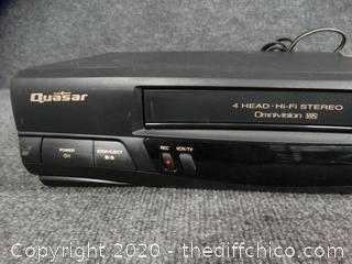 Quasar 4 Head VCR w/ Remote - Works