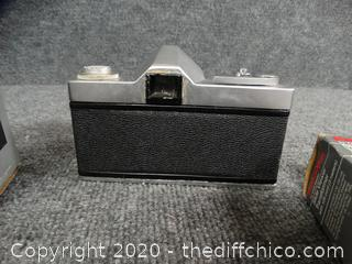 Vintage Sears Camera w/ Accessories