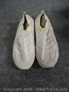 Easy Spirit Women´s Shoes - Size 8 1/2