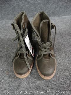 Merona Wedge Shoes, New - Size 6 1/2