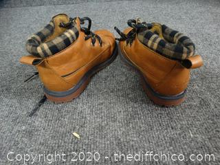 Osh Kosh Kids´ Shoes - Size 10