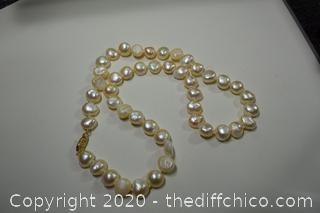 20in long Pearl Necklace