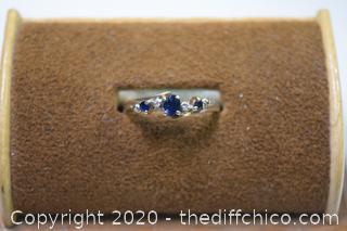10k Gold w/Diamonds and Sapphires Ring - size 7 3/4