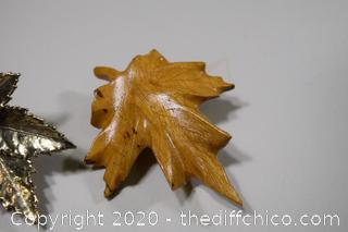 3 Maple Leaves-1 wood, 1 leather, 1 - 925