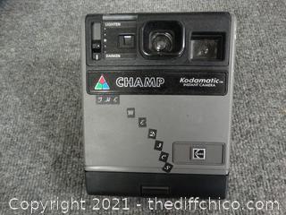 Champ Kodamatic Instant Camera