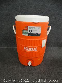 5 Gallon Igloo Cooler