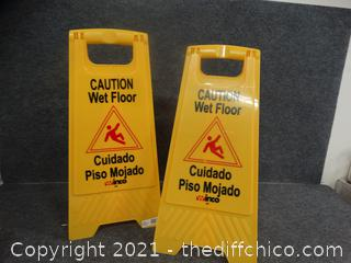 2 Plastic Wet Floor Signs