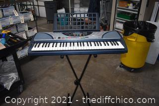 Working Yamaha Keyboard w/Stand