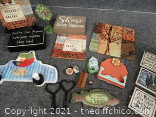 Home Decor & Wood  Signs
